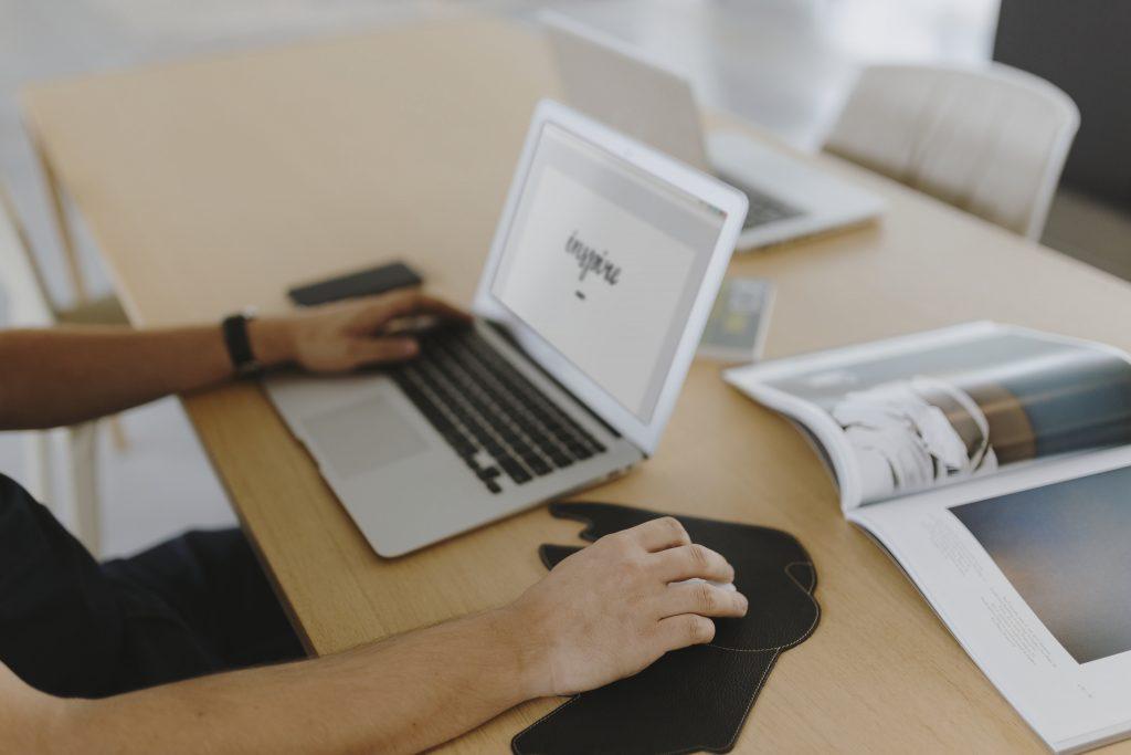 أهمية تصميم موقع شركة مقاولات واستثمارات