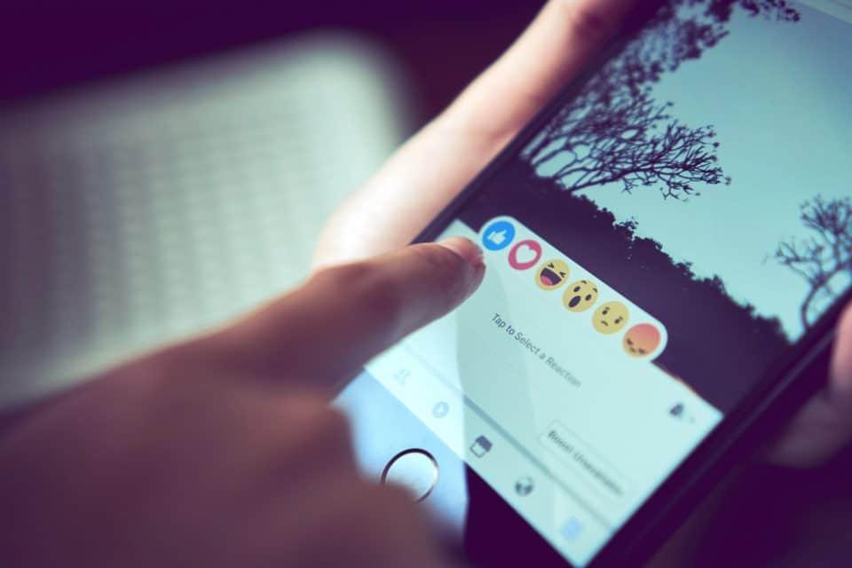 التسويق الإلكتروني عبر فيسبوك خطوة بخطوة